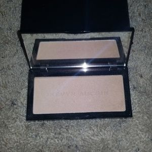 NEW Kevyn aucoin neo limelighter